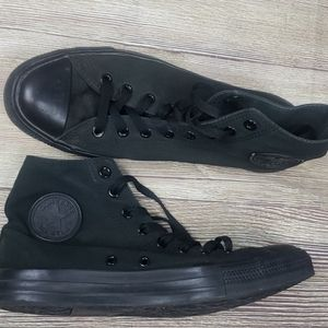 Mens Converse High Top Sneakers Sz 9.5